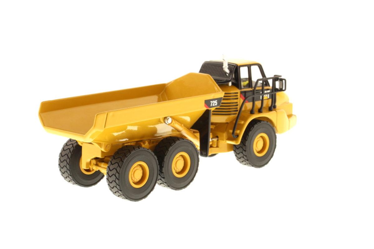 725 Articulated Truck