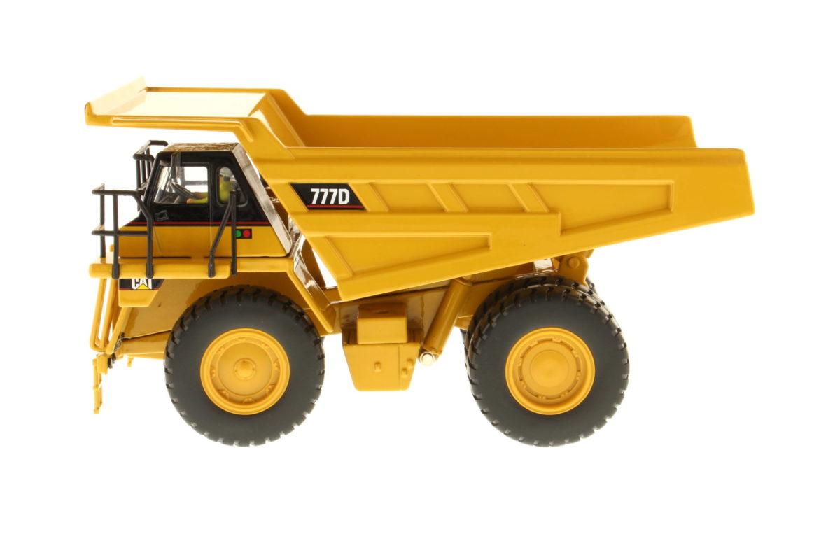 777D Off-Highway Truck