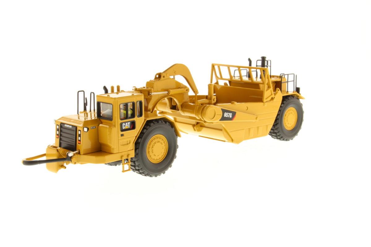 657G Wheel Tractor Scraper