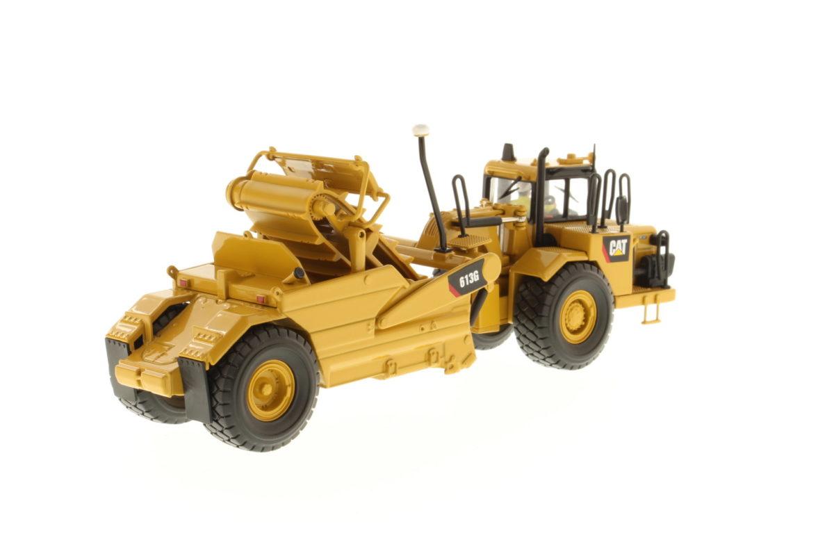 613G Wheel Tractor-Scraper
