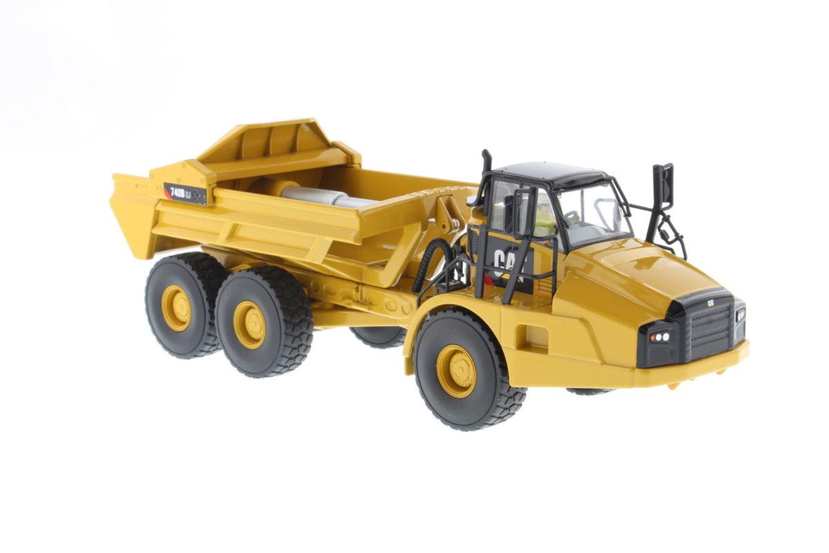 740B EJ Articulated Truck