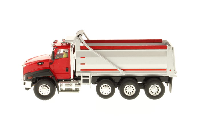 CT660 Dump Truck – Red and Silver